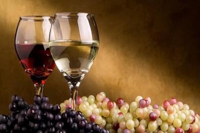 Rượu nào cần để 'thở' trước khi uống sẽ ngon hơn?